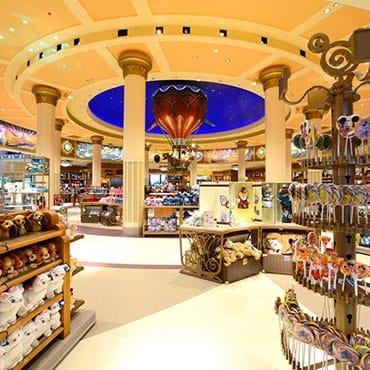 Shopping Service in Disneyland Paris brengt je aankopen in de parken gratis naar je hotel