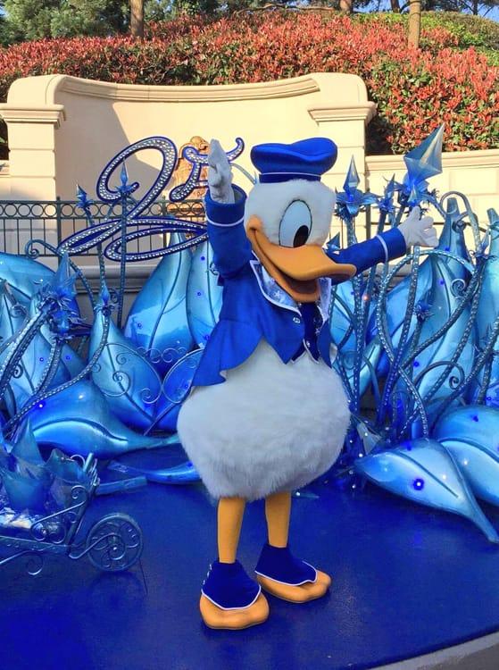 Ontmoet De Disney Figuren In Hun Nieuwe Outfits Voor De