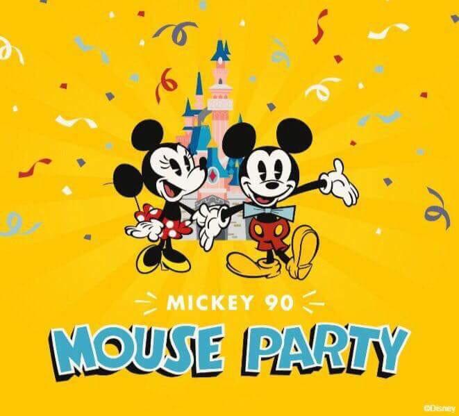 Disneyland Paris Viert 90e Verjaardag Van Mickey Mouse Met Nieuwe