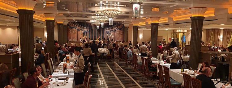 Rondleiding door alle restaurants van Disney Cruise Line met 'rotational dining'