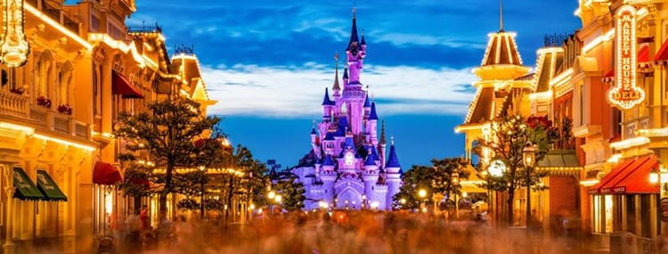 Disneyland Paris en Walt Disney World sluiten tijdelijk hun deuren vanwege corona