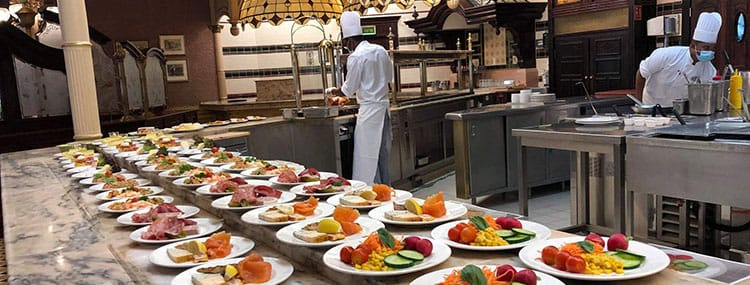 Buffetrestaurants in Disneyland Paris tijdelijk met tafelservice en bediening