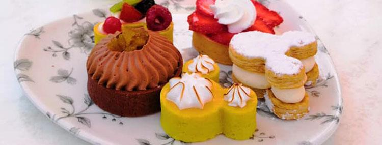 Tea Time in Disneyland Paris met high tea bij Plaza Gardens, Victoria's Bar en Lucky Nugget