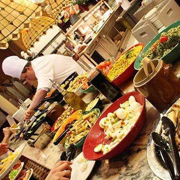 Buffetservice met all-you-can-eat keert vanaf 20 oktober 2021 terug in Disneyland Paris