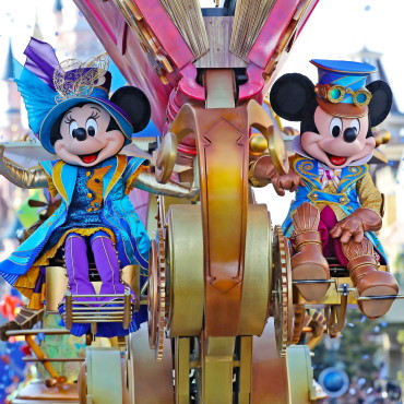 Disney Stars on Parade en Disney Illuminations keren terug in Disneyland Paris