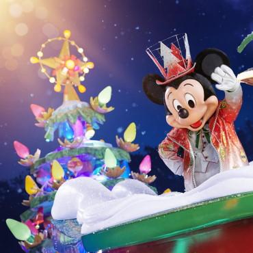 Nieuwe kerstparade Mickey's Dazzling Christmas Parade tijdens kerstseizoen in Disneyland Paris