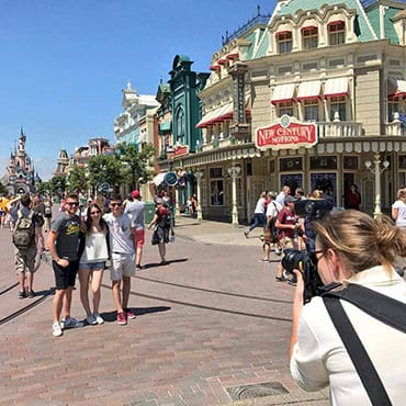 Professionele foto's bij attracties en figuren met Disney PhotoPass in Disneyland Paris