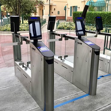 Nieuwe generatie toegangspoortjes in Disneyland Paris met tickets scannen via je smartphone