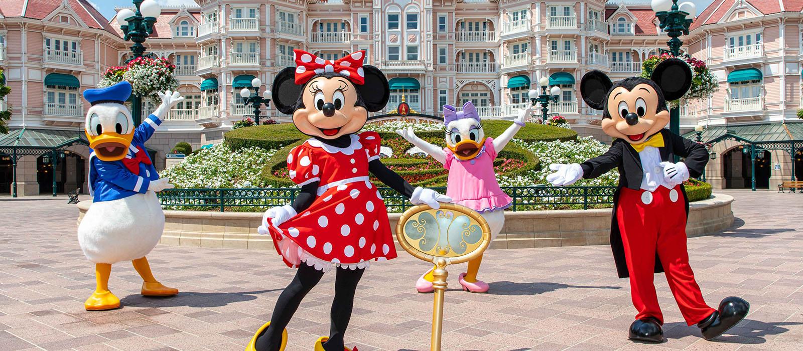 Disneyland Paris <br> is weer open